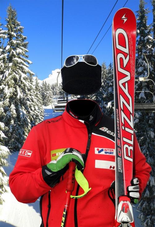 Шаблон для фотомонтажа лыжница Формат psd 1200x1755 dpi 300 размер: 11.3 mb